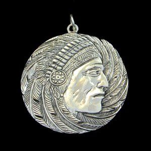925 Sterling Silver Indian Chief Headdress Pendant
